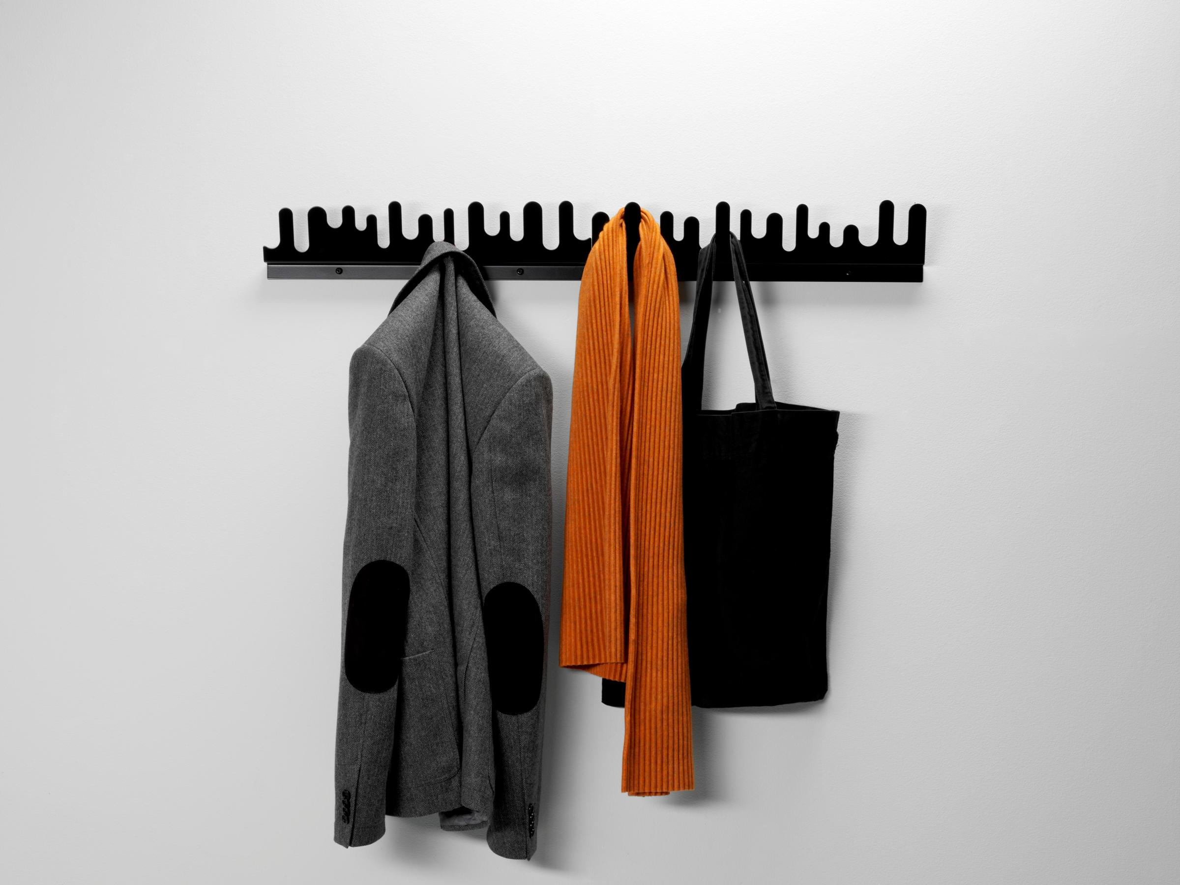 Design House Stockholm Wave Hanger appendiabiti Nero