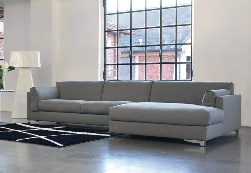 Divano moderno divano hamilton newformsdesign divani for Salotti moderni piccoli