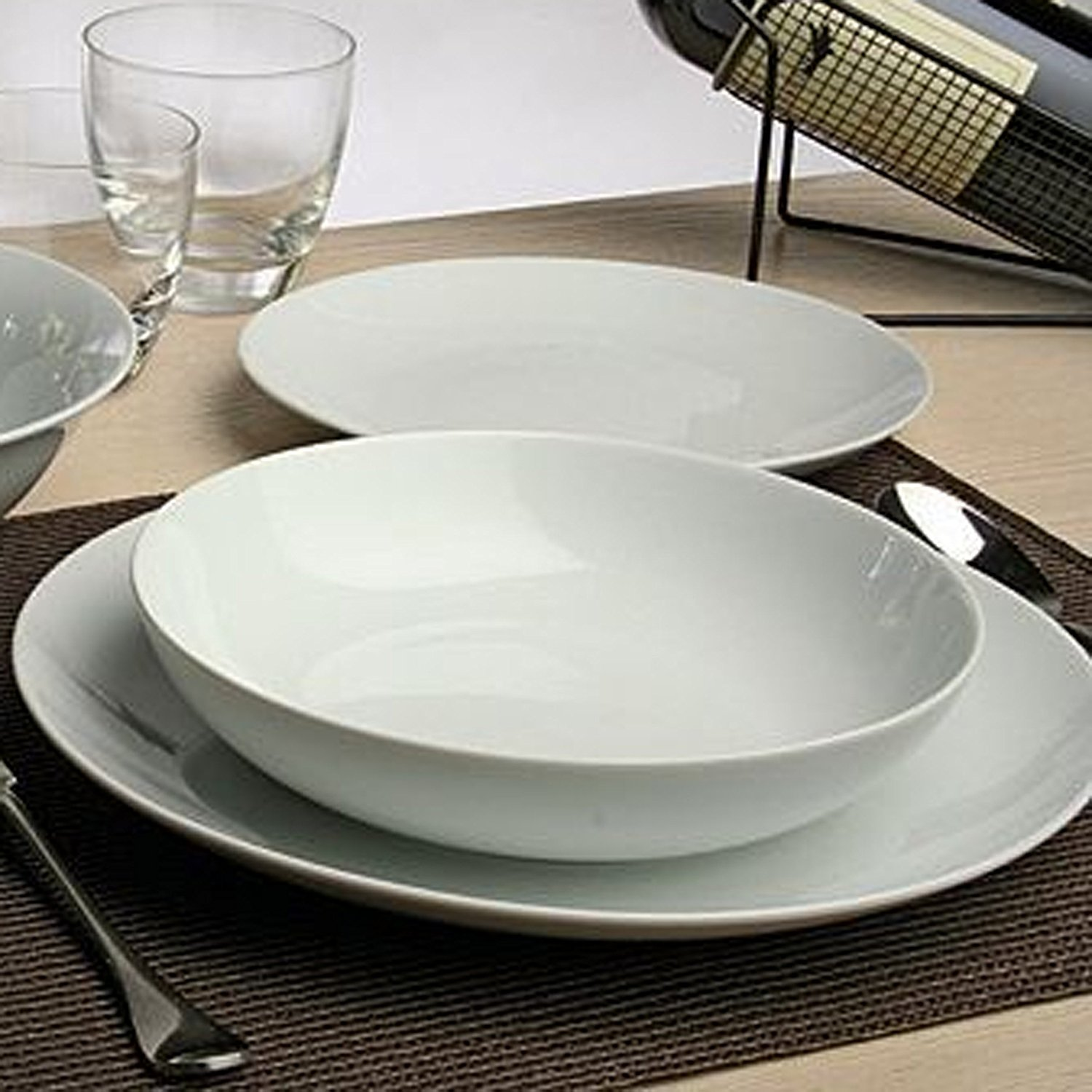 sports shoes 2e861 4cd53 Full set 18 Pieces, Dishes set for 6 people, Tognana Metropolis White in  porcelain, Newformsdesign | Plates and dinner services | Newformsdesign